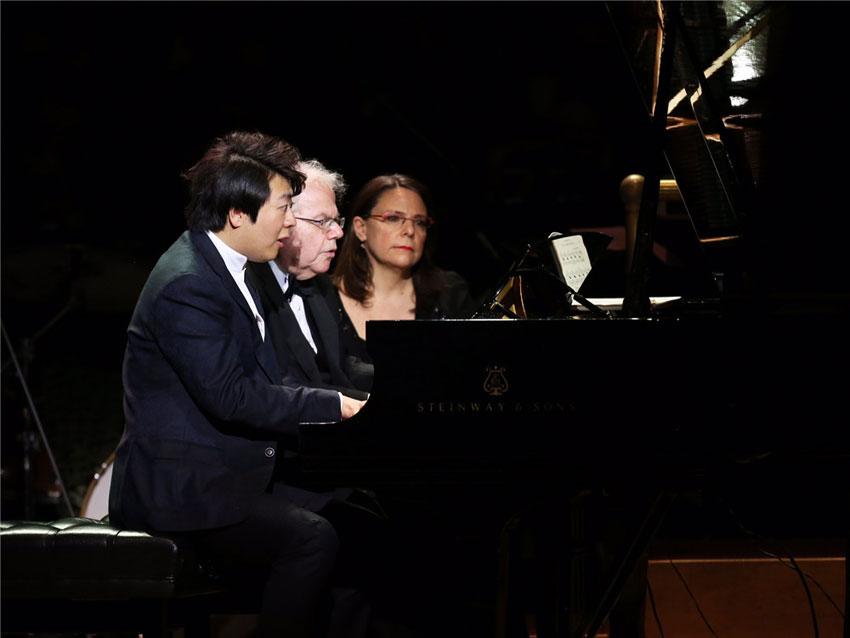 郎朗马友友同台 庆卡内基音乐厅125周年生日