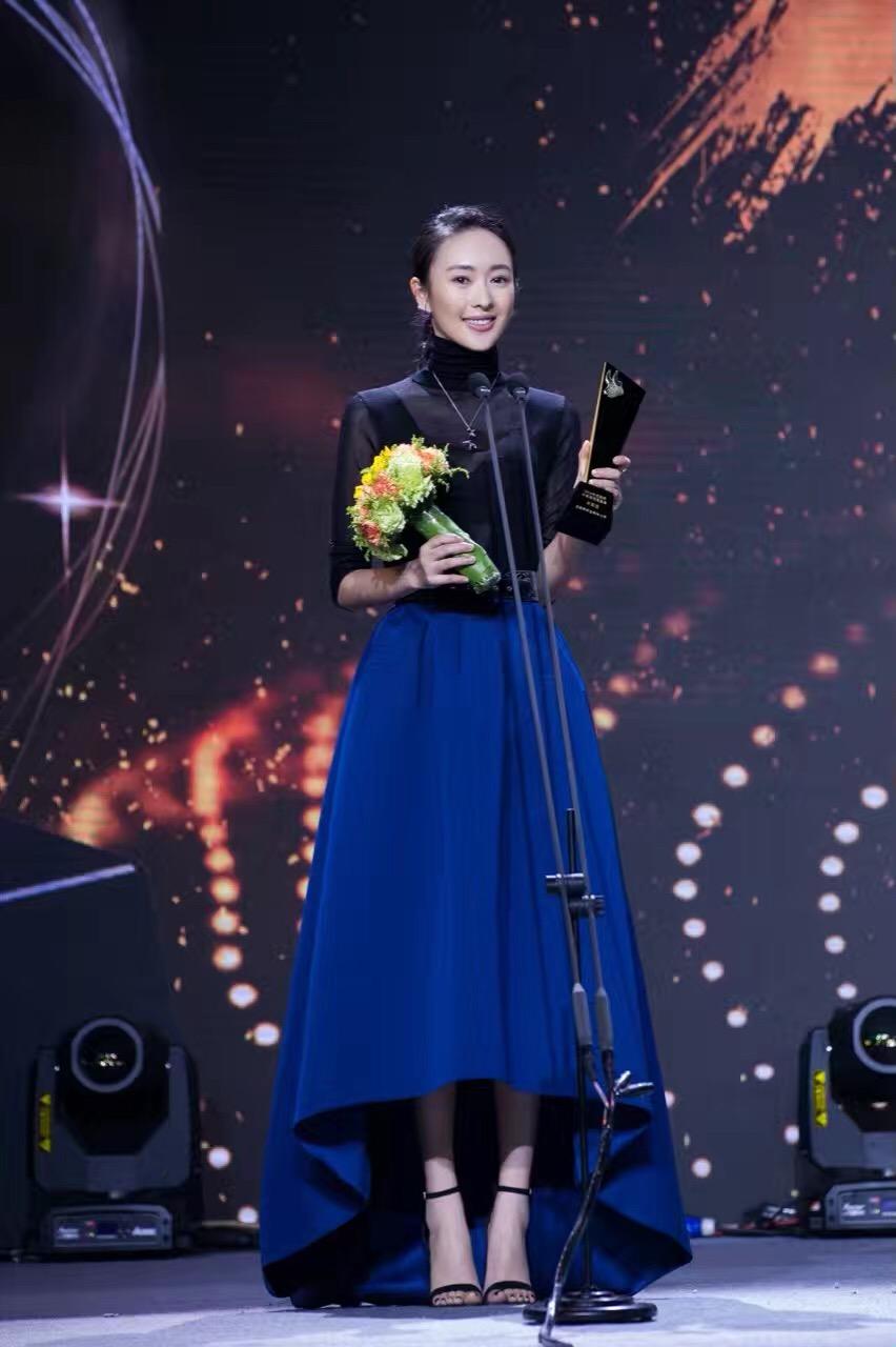 4Minute SJ等亮相第27届金唱片颁奖礼 秒杀菲林无数_手机网易网