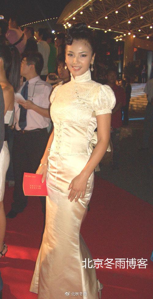 刘涛十年前旧照曝光 皮肤略黑网友赞变美变时尚