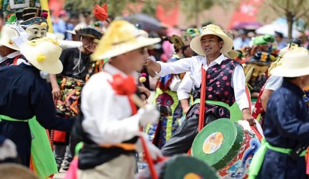 第十七届安召纳顿艺术节7月16日在海东市举行