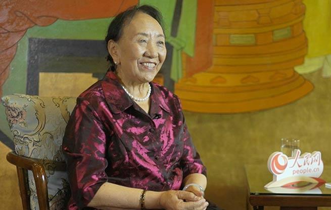 才旦卓玛:扎根西藏五十年,一生爱唱这支歌