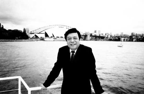 """赵忠祥去世 名人网友深切悼念:再见了,央视的""""金话筒"""""""
