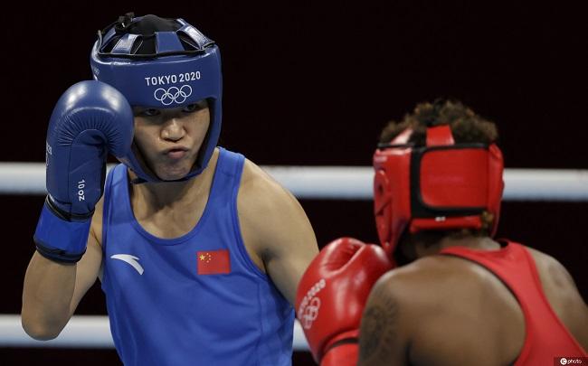 东京奥运会拳击女子沉量级:谷红闯进决赛