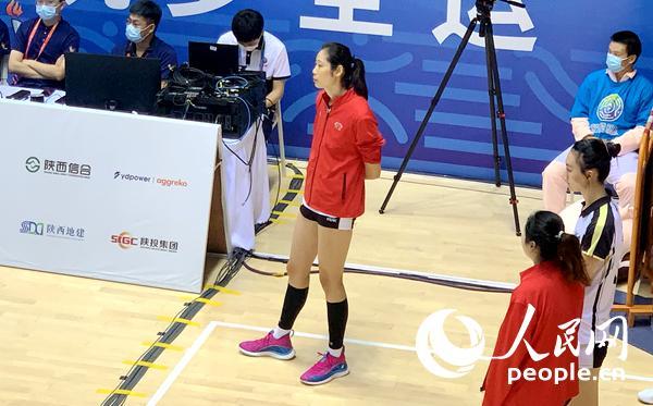 十四运会女排比赛打响 教练:朱婷不参加比赛即将手术