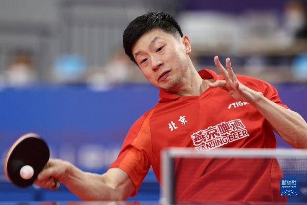 全运全知道丨乒乓球团体赛八强产生 女子举重81公斤级李雯雯一骑绝尘