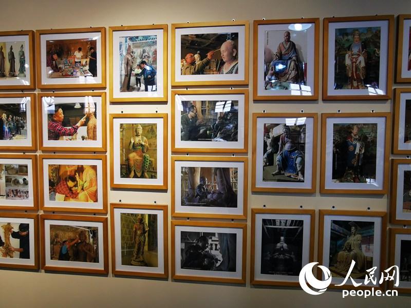 馆内展出的部分作品。人民网记者 赵光霞摄