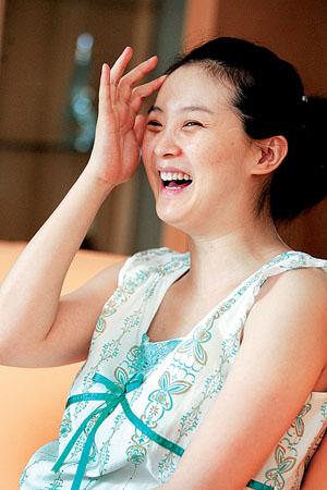 婚前婚后生活大对比_越南两性生活搞笑广告《婚前婚后大对比》婚前