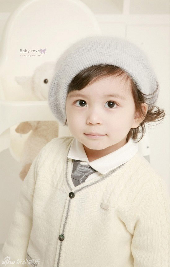 韩国混血童星Mason圣诞写真大眼睛灵动可爱 (11)--