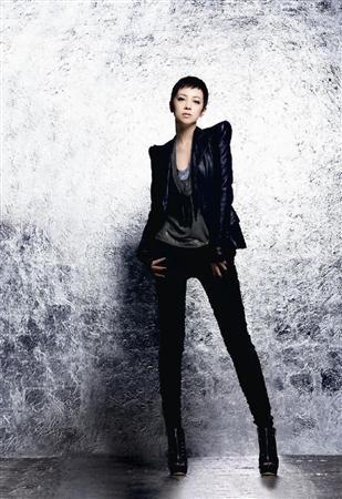 亚由美变身歌手ICONIQ广告复出 板寸头英姿飒爽 (2)--娱乐--人民网